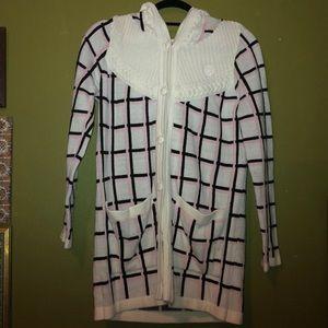 E-Land sweater